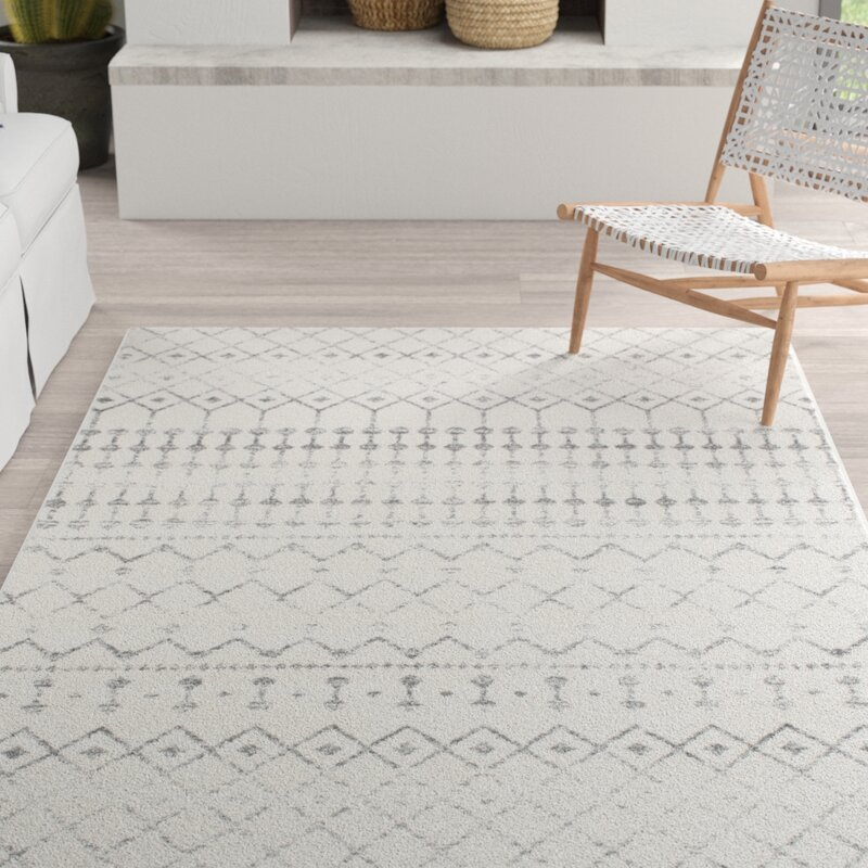Amazing deal on this geometric gray area rug!