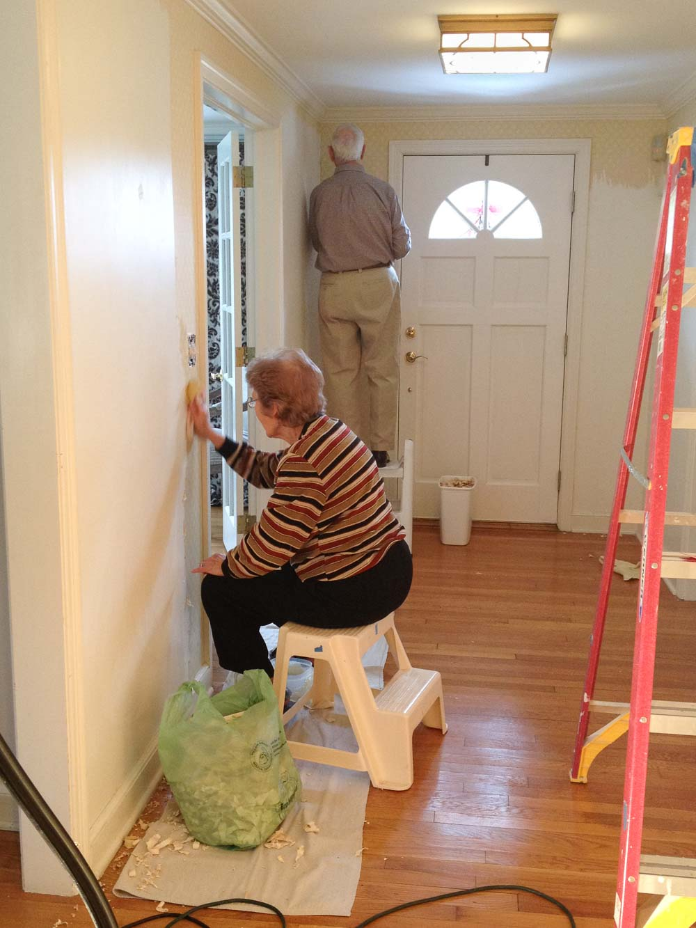 Removing wallpaper in our entryway