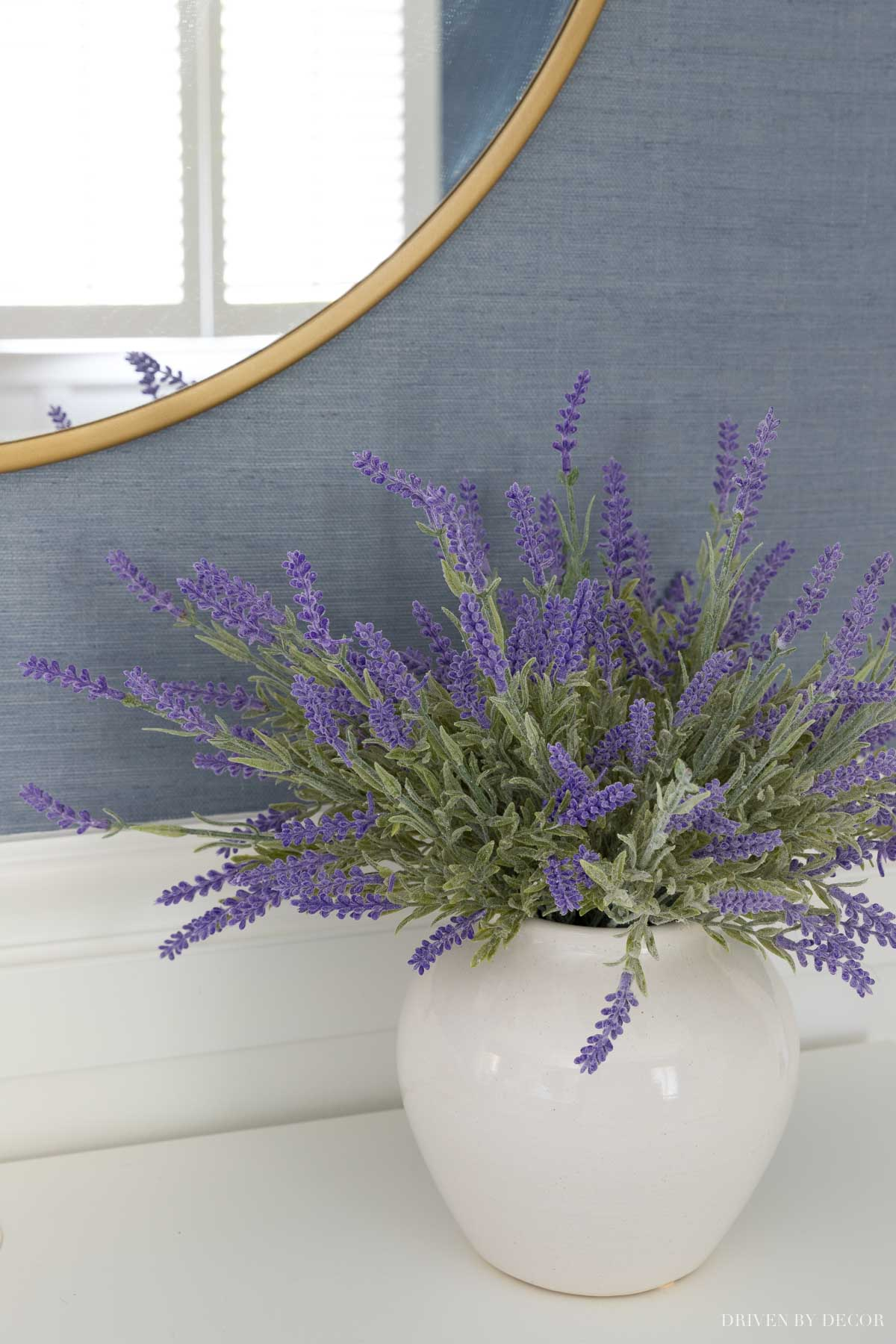 This artificial lavender bundle is such a realistic artificial flower!