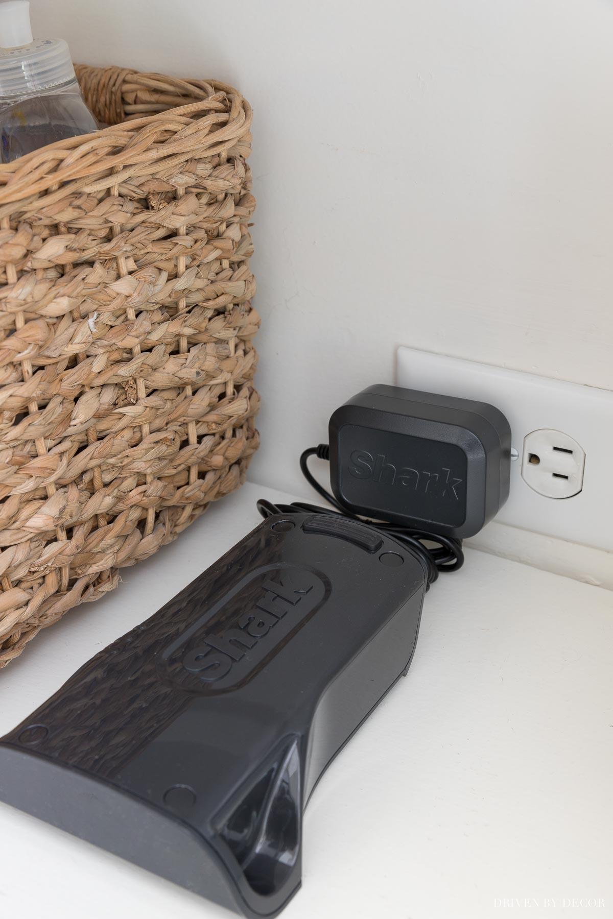 Shark cordless vacuum battery charging