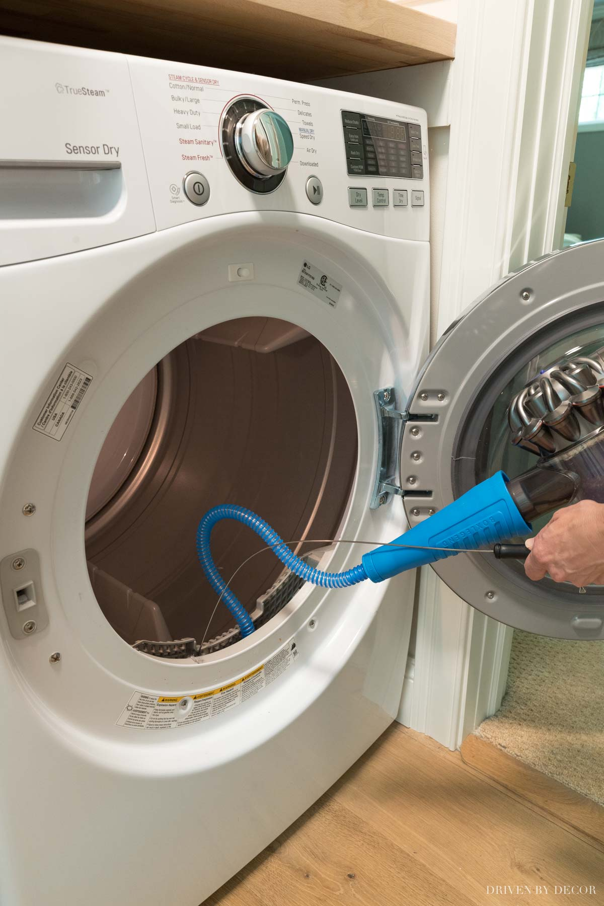 How to clean lint out of your dryer!
