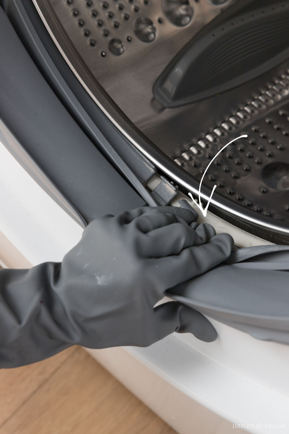 Tips for cleaning your washing machine seal