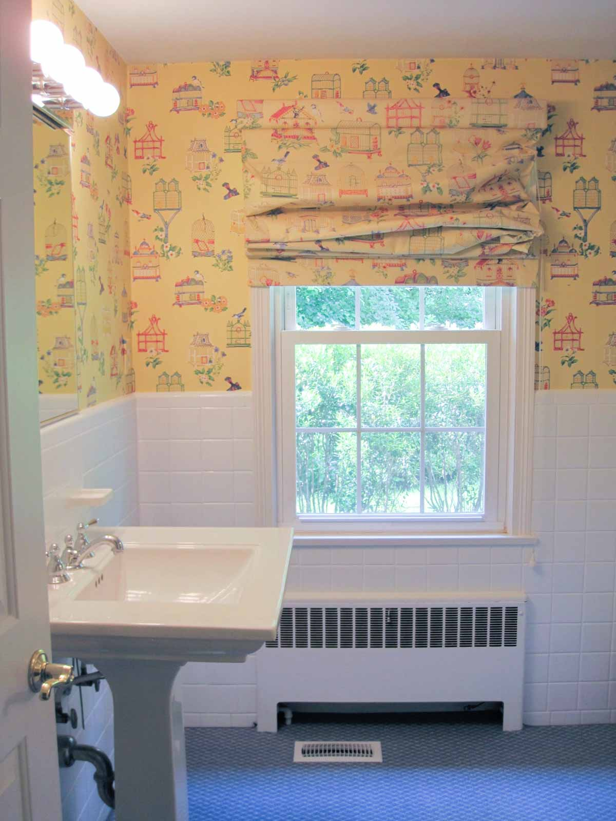 Home remodel: Our powder room before remodeling!