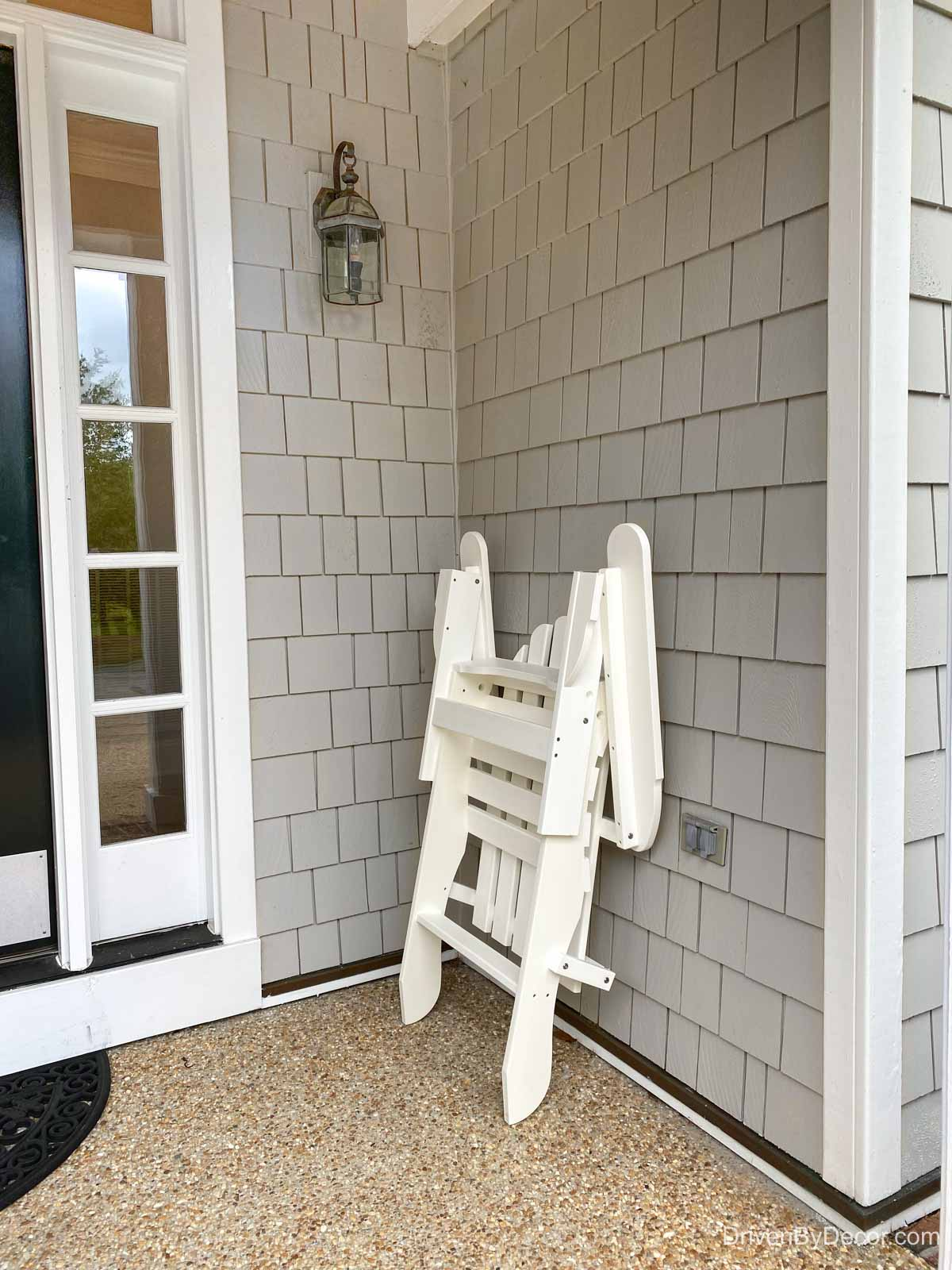 Adirondack chair that folds for easy storage!