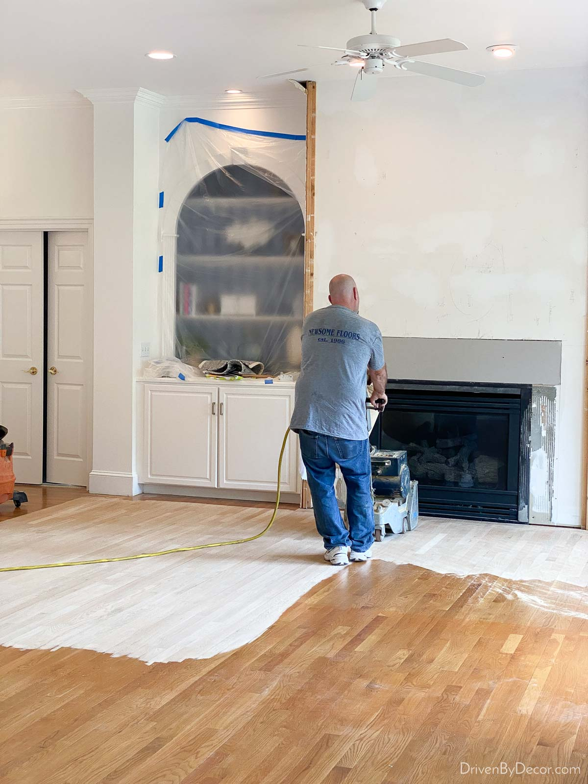 The step by step of refinishing hardwood floors