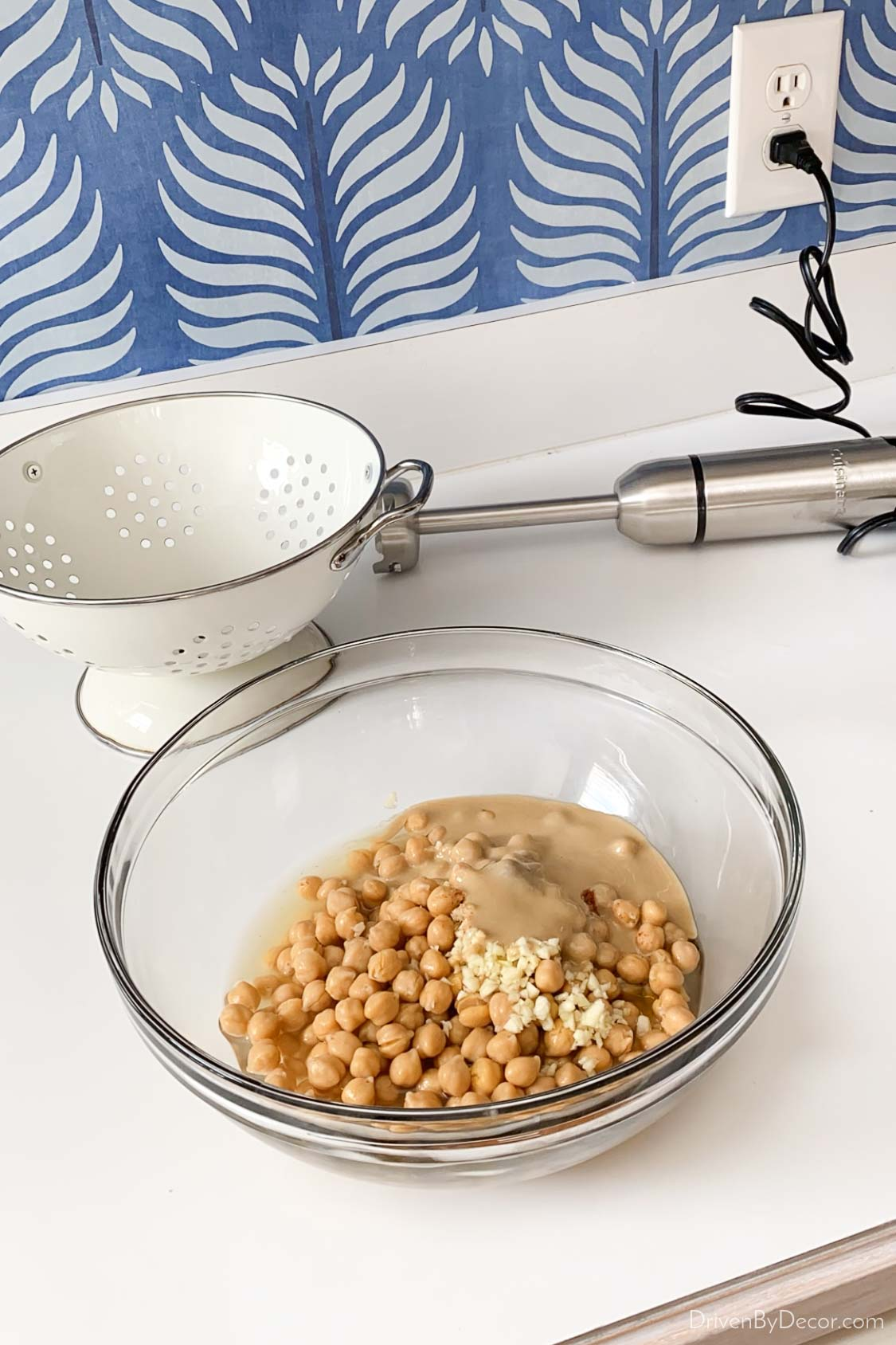 Making hummus with my immersion hand blender!